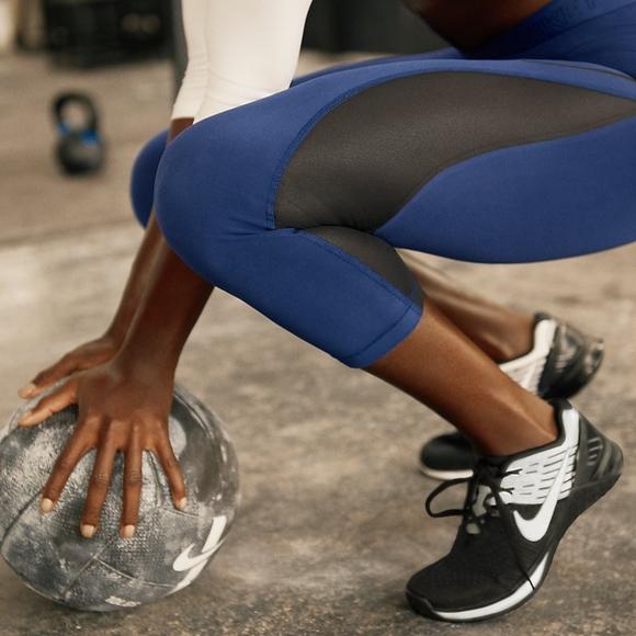 sale retailer ccb42 80e6a Nike Metcon DSX Flyknit Women s Training Shoe. M 5b59e07ffe51514e2203a83c